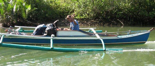 vores bagage blev fragtet så sikkert som os - eller måske usikkert via denne udrikker båd