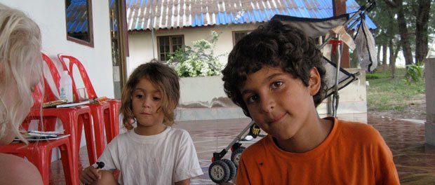 børn fra spanien som børnene legede med