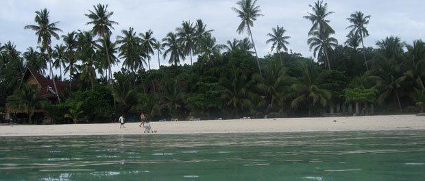 vi boede på en smuk strand da vi rejse til filippinerne