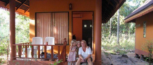 en lille hytte på koh lanta det første sted vi boede