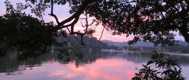 smuk udsigt ved kandyan lake
