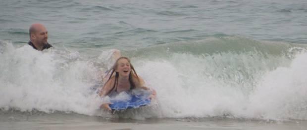 gode bølger ved stranden