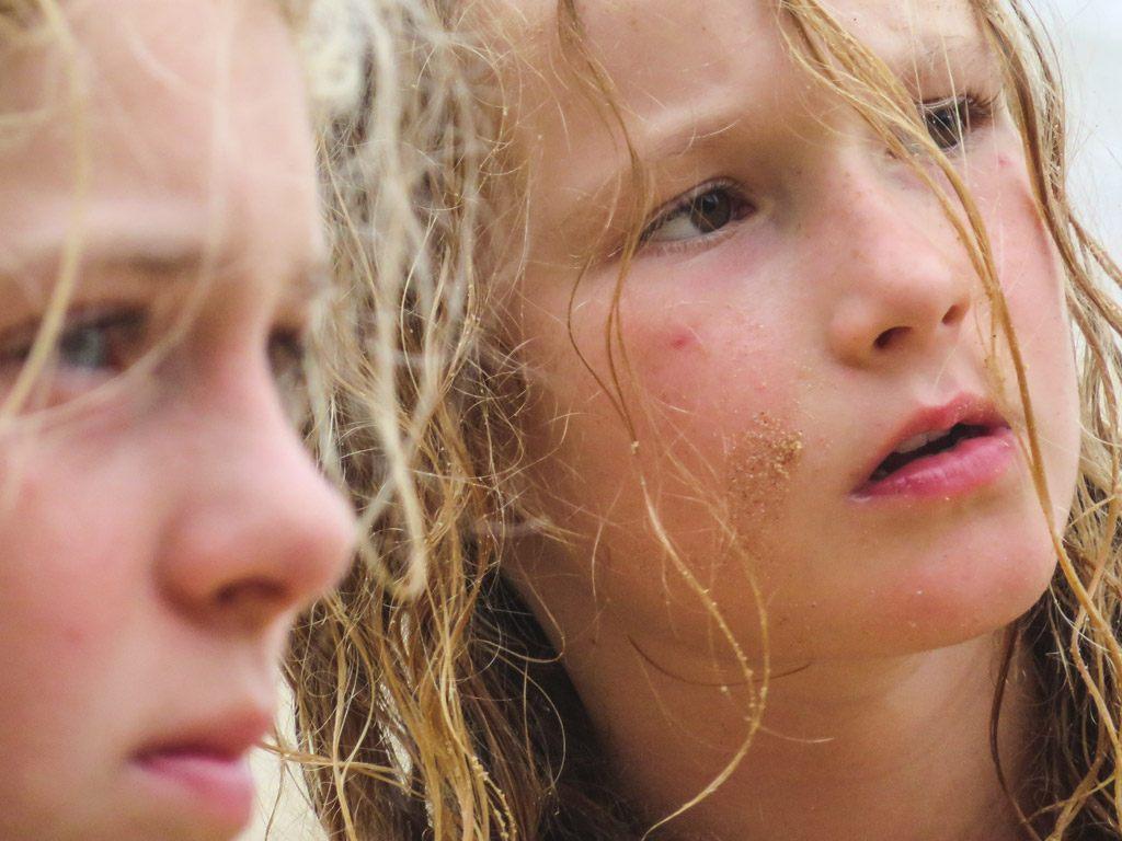 børnene får masser af oplevelser på rejser til sri lanka