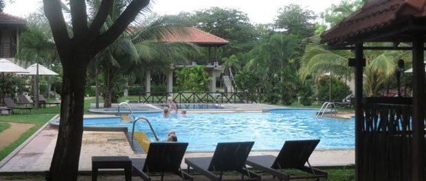 en pool som ikke er beregnet til børn i ranna212