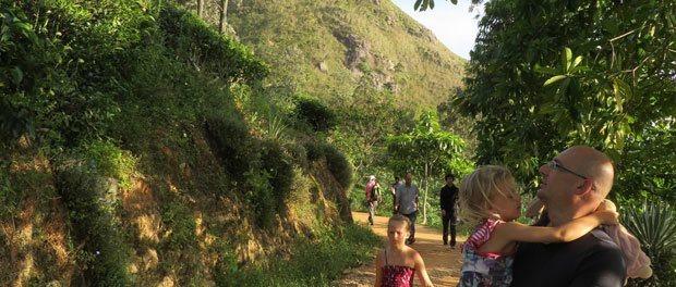 på vej til little adams peak i ella