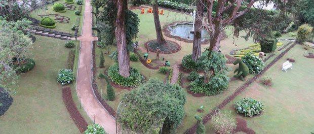 den smukke engelske have ved hotellet