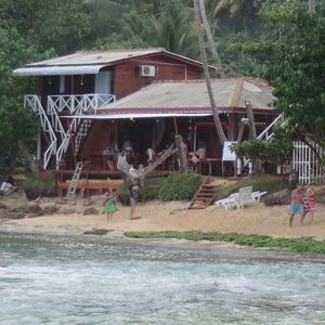 mirissa coral beach på mirissa strand