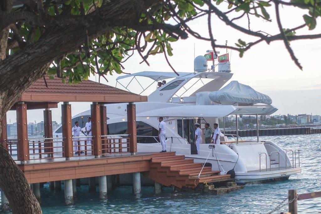 afgang til dharavandhoo på baa atollen