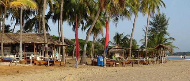 hyggelig stemning ved upali beach resort arum bay