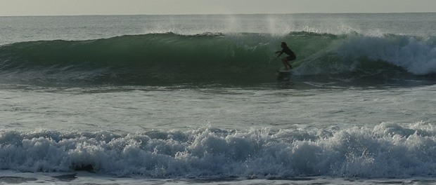 surfing ved arugam bay