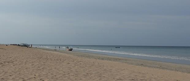 rolig strand ved nilaveli