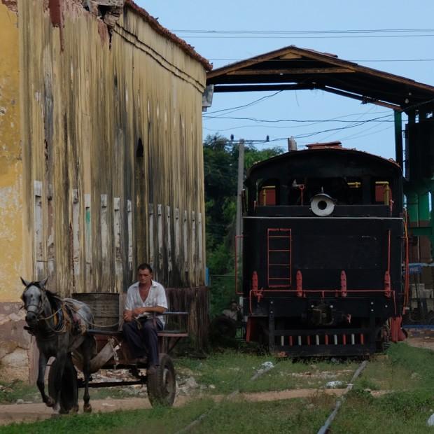toget som nogle gange kører fra trinidad til dalen