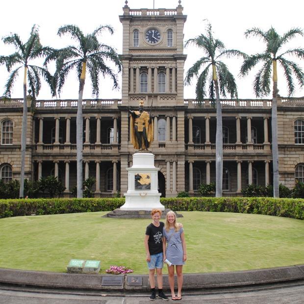 en tur til byen på hawaii