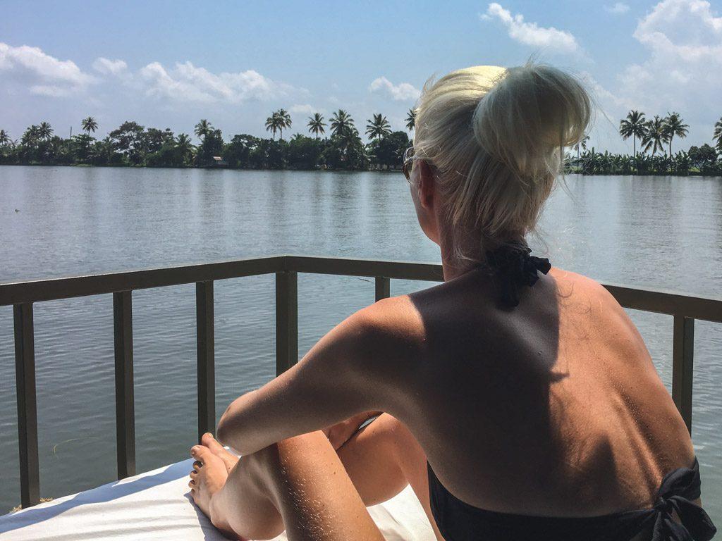 udsigten nydes ved backwaters i alleppey