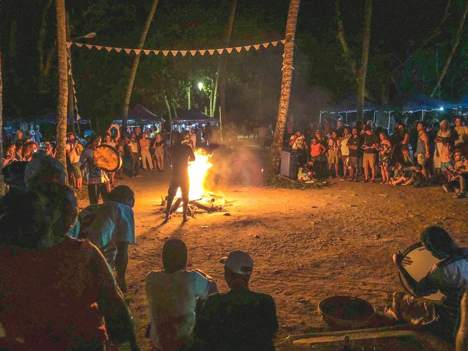 aftensfest om onsdagen ved beau vallon på mahe