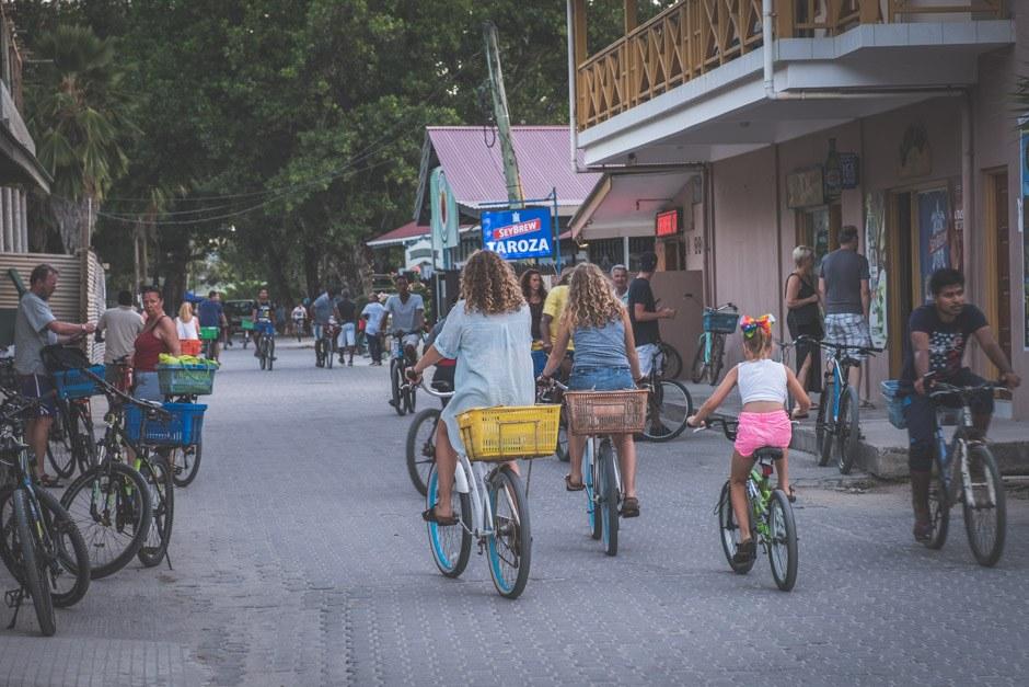 cykel igennem la digue