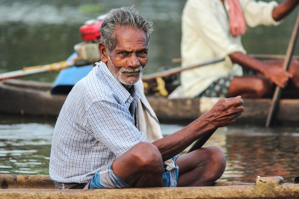 super søde lokale fiskere mødte vi også ved alleppey