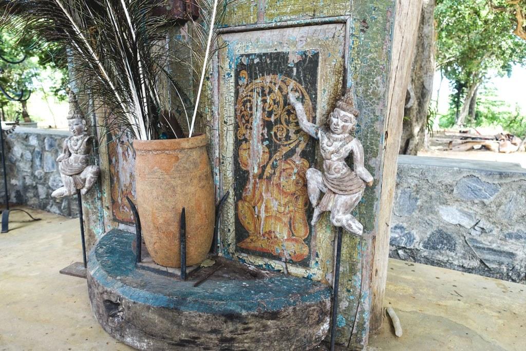 sjove figurer og finurlige mennesker ved galapita rocks