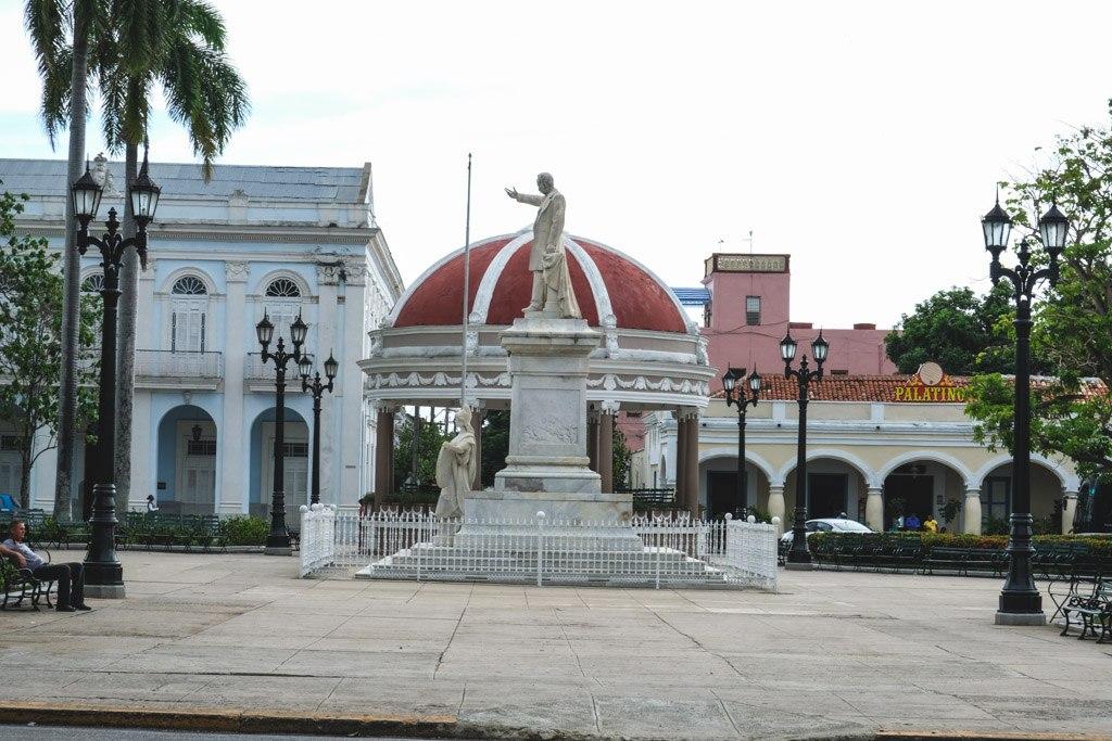 plaza cienfuegos