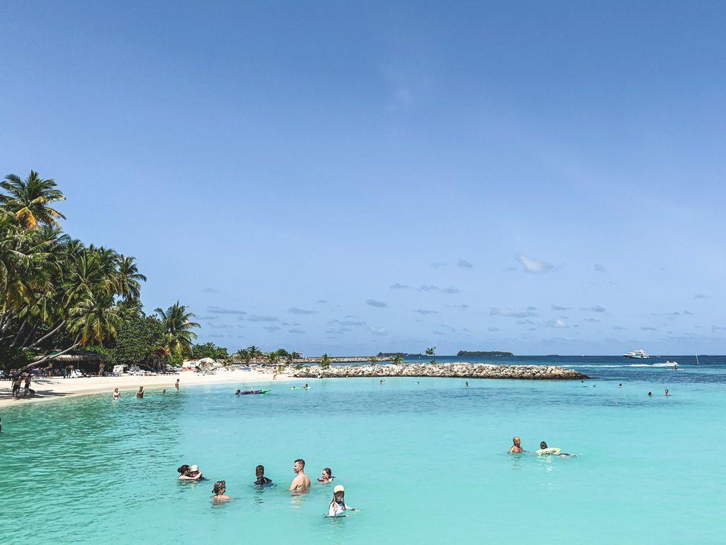 badning ved bikini beach på maafushi